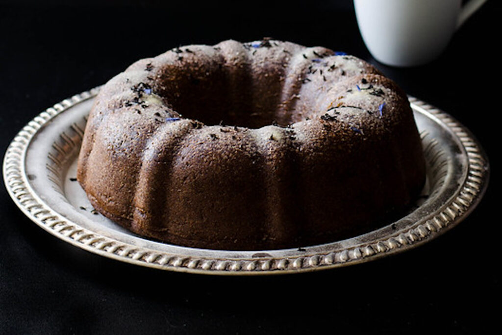 Earl grey banana bundt cake