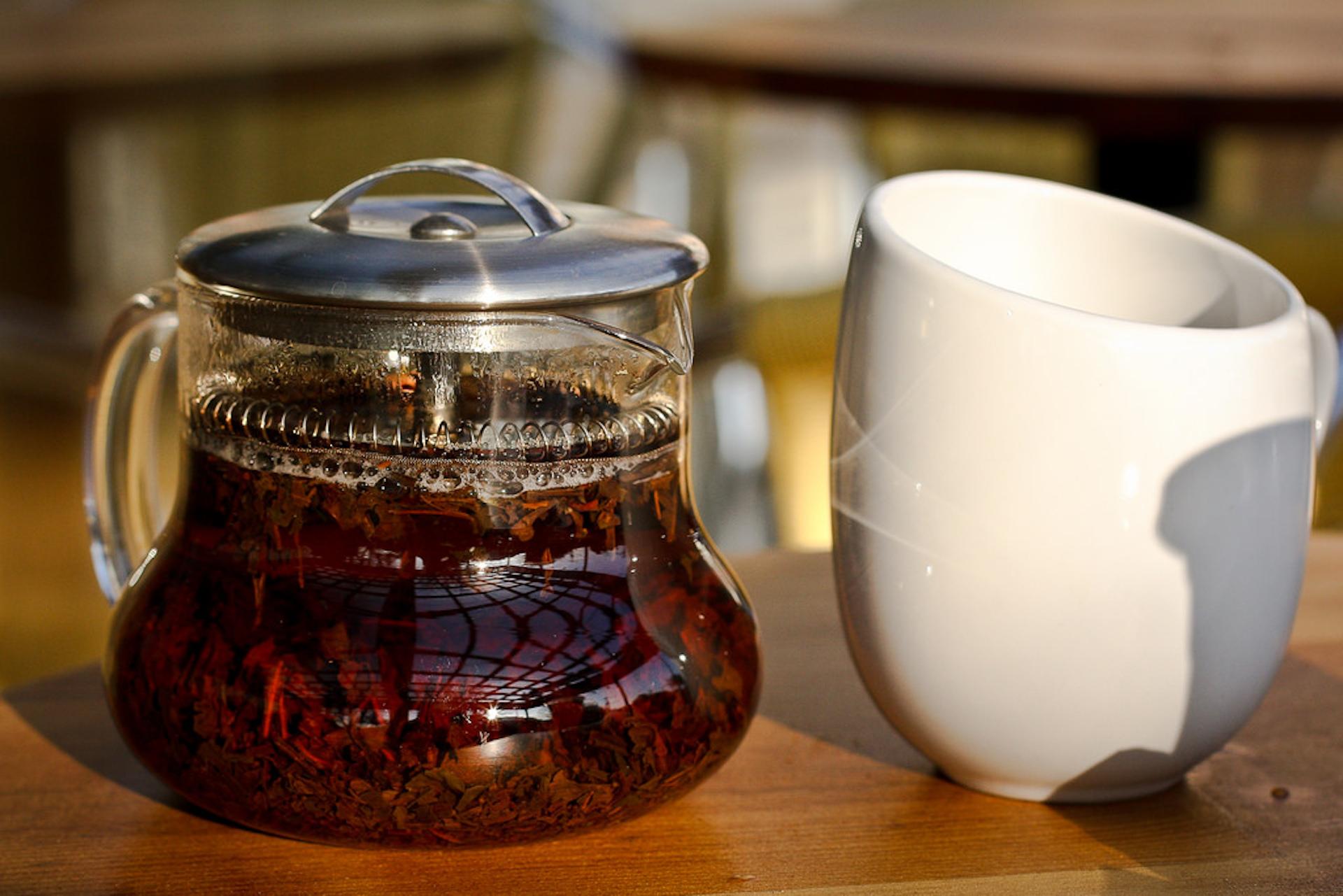 Teaput and teacup