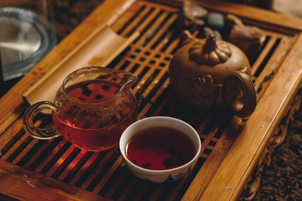 Tea set on wood platter