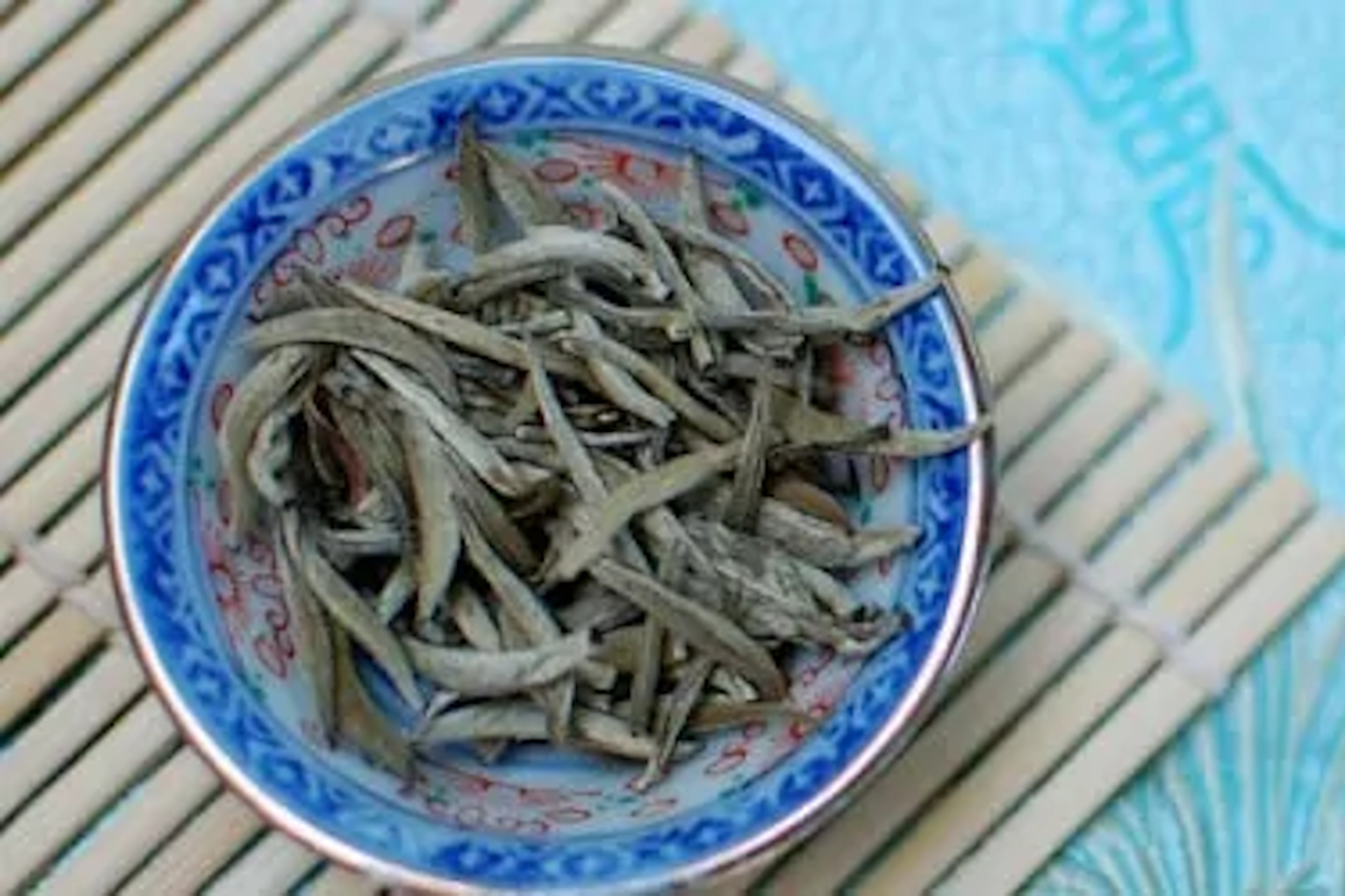 White hair silver needle tea